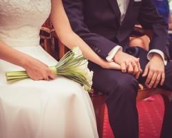 Jak napisać niebanalne życzenia ślubne?