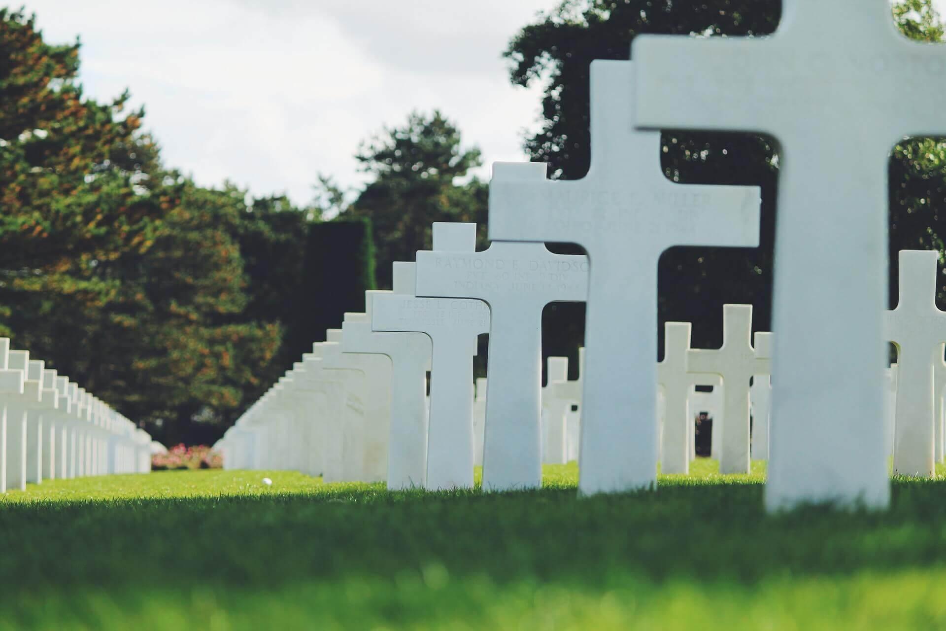 Miejsce na cmentarzu - dom pogrzebowy